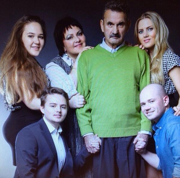 ich bin ihr fern, und doch so nah: my family